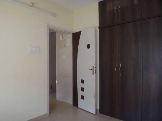 450 sqft, 1 bhk Apartment in Reputed Neighbourhood Society Kandivali East, Mumbai at Rs. 69.0000 Lacs