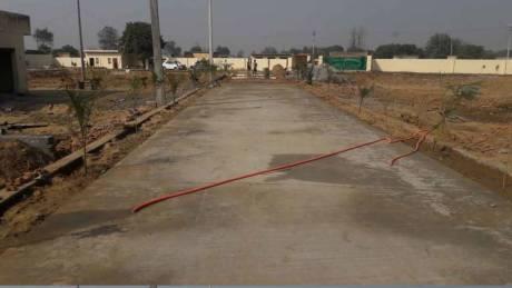 585 sqft, Plot in Builder Ganeshis Enclave 2 noida expressway, Noida at Rs. 11.7000 Lacs