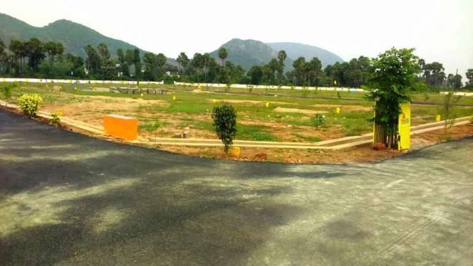 1800 sqft, Plot in Builder BHOGAPURAM HIGHWAY FACING PROJECT Bhogapuram, Visakhapatnam at Rs. 14.0000 Lacs