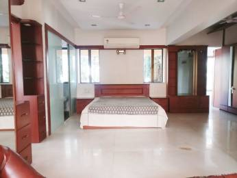 1500 sqft, 3 bhk Apartment in Builder Project Bandra West, Mumbai at Rs. 1.5500 Lacs