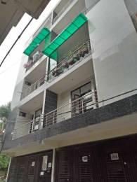 765 sqft, 3 bhk BuilderFloor in Builder Project Dwarka Mor, Delhi at Rs. 34.6500 Lacs