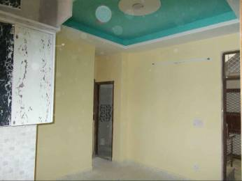 700 sqft, 2 bhk Apartment in Builder Project DLF Ankur Vihar, Ghaziabad at Rs. 16.0000 Lacs
