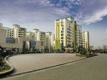 1750 sqft, 3 bhk Apartment in Omaxe NRI City Omega, Greater Noida at Rs. 12000