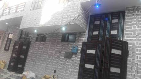 499 sqft, 2 bhk IndependentHouse in Builder Project Sanjay Colony, Faridabad at Rs. 22.5000 Lacs