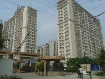 1875 sqft, 3 bhk Apartment in Supertech Czar Villas Omicron, Greater Noida at Rs. 13500