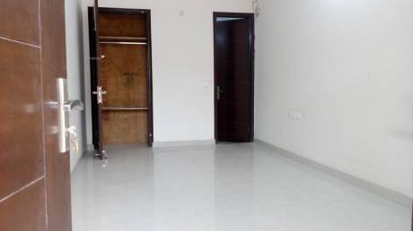 250 sqft, 1 bhk Apartment in Builder Project Chattarpur Enclave Phase 2, Delhi at Rs. 8000