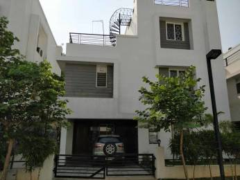 3000 sqft, 4 bhk Apartment in Vasudeva Bloomfield Elation Villas Manikonda, Hyderabad at Rs. 70000