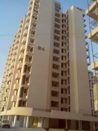 1025 sqft, 2 bhk Apartment in SRS Royal Hills Sector 87, Faridabad at Rs. 37.0000 Lacs