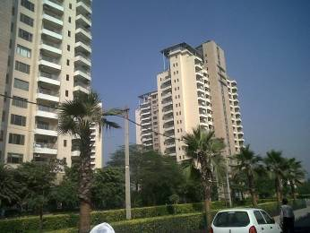 2210 sqft, 3 bhk Apartment in DLF Trinity Towers Sector 53, Gurgaon at Rs. 65000