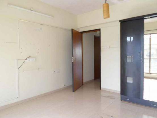 1339 sqft, 3 bhk Apartment in Reputed Highway Apartments Sion, Mumbai at Rs. 60000