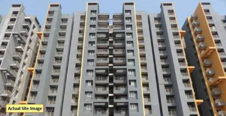 940 sqft, 2 bhk Apartment in BCC Bharat City Indraprastha Yojna, Ghaziabad at Rs. 24.5000 Lacs