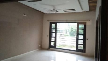 1250 sqft, 2 bhk BuilderFloor in Royale Shubh Homes Kishanpura, Zirakpur at Rs. 12500