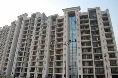 3009 sqft, 4 bhk Apartment in Parsvnath Panorama Swarn Nagri, Greater Noida at Rs. 1.0400 Cr