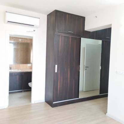 1930 sqft, 3 bhk Apartment in DLF The Skycourt Sector 86, Gurgaon at Rs. 1.1800 Cr