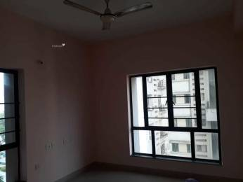 1500 sqft, 3 bhk Apartment in Ruchi Active Acres Tangra, Kolkata at Rs. 35000
