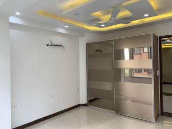 1520 sqft, 3 bhk Apartment in Builder Harsukh society Sector 7 Dwarka, Delhi at Rs. 26000
