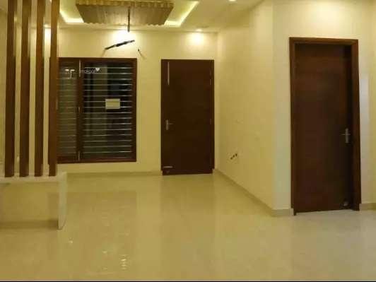 4250 sqft, 4 bhk BuilderFloor in Builder JP AGGARWAL LUXURIOUS FLOORS Ashoka Enclave, Faridabad at Rs. 1.6500 Cr
