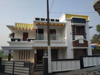 2000 sqft, 4 bhk Villa in Builder Valiyaparambilproperties Kakkanad, Kochi at Rs. 61.0000 Lacs