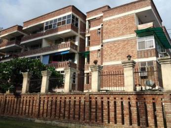 800 sqft, 1 bhk Apartment in Reputed Smriti Apartments Sector 56, Gurgaon at Rs. 55.0000 Lacs