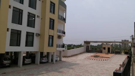 1850 sqft, 3 bhk Apartment in Builder leafstone apartments Highland Marg, Zirakpur at Rs. 47.0000 Lacs
