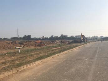 1845 sqft, Plot in Emaar MGF Developers Bungalows Sector 109 Mohali, Mohali at Rs. 35.2600 Lacs