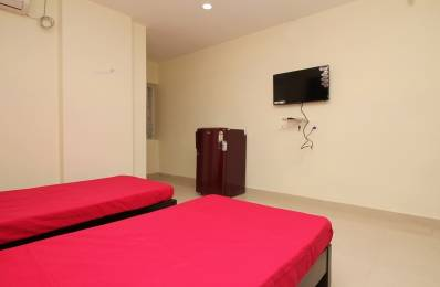 150 sqft, 1 bhk Apartment in Builder Project Ayyappa Society Main Road, Hyderabad at Rs. 18000