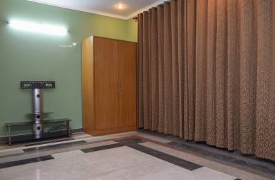 2000 sqft, 2 bhk IndependentHouse in Builder Project LIG Colony, Gurgaon at Rs. 28000