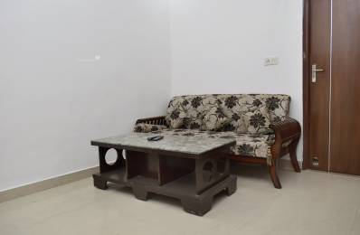 1400 sqft, 2 bhk IndependentHouse in Builder Project Sector 43, Gurgaon at Rs. 25000