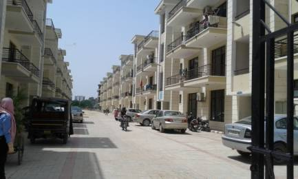 1360 sqft, 3 bhk Apartment in Mona Aeroview Swastik Vihar, Zirakpur at Rs. 42.0000 Lacs