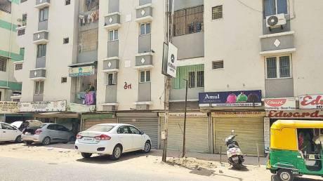 1665 sqft, 4 bhk BuilderFloor in Builder HET APT Vastrapur, Ahmedabad at Rs. 72.0000 Lacs