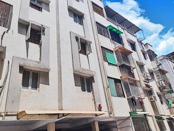 918 sqft, 2 bhk Apartment in Builder shivdhara apartment Thaltej, Ahmedabad at Rs. 35.0000 Lacs