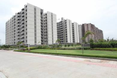 1400 sqft, 2 bhk Apartment in Builder Project Nipania, Indore at Rs. 17500