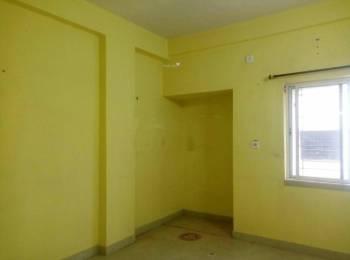 750 sqft, 2 bhk Apartment in Builder Project Santoshpur, Kolkata at Rs. 15000