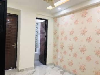 750 sqft, 2 bhk BuilderFloor in Reputed Plot No 20 nyay khand 1 indirapuram ghaziabad, Ghaziabad at Rs. 30.0000 Lacs