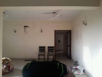 1350 sqft, 3 bhk Apartment in Builder Project mayur vihar phase 1, Delhi at Rs. 40000