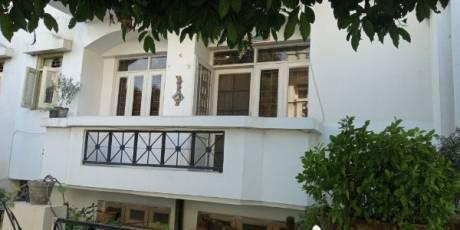 930 sqft, 2 bhk Apartment in  Vasant Apartment Sector 13, Gurgaon at Rs. 81.0000 Lacs
