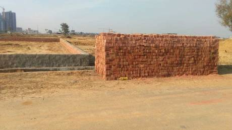 648 sqft, Plot in Builder Project Greater Noida West, Greater Noida at Rs. 16.0000 Lacs