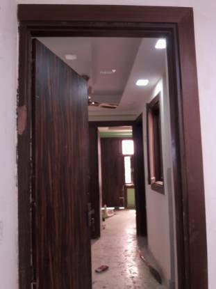 900 sqft, 3 bhk Apartment in Builder Project Mahavir Enclave, Delhi at Rs. 58.0000 Lacs