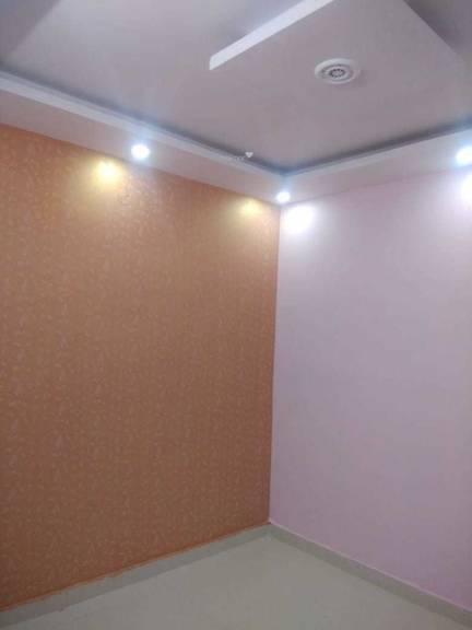 600 sqft, 2 bhk BuilderFloor in Builder Project Dwarka Mor, Delhi at Rs. 27.0000 Lacs