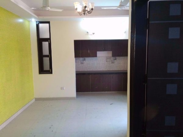 1650 sqft, 4 bhk BuilderFloor in Builder Project Shakti Khand, Ghaziabad at Rs. 95.0000 Lacs