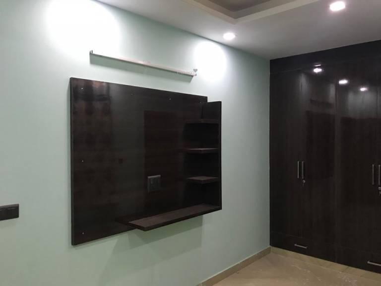 900 sqft, 3 bhk Apartment in Builder Project Uttam Nagar, Delhi at Rs. 36.0000 Lacs