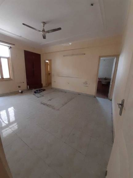 1635 sqft, 3 bhk Apartment in BCC Bharat Residency Ahinsa Khand 2, Ghaziabad at Rs. 65.2000 Lacs