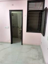 600 sqft, 2 bhk BuilderFloor in Builder Project laxmi nagar, Delhi at Rs. 16500