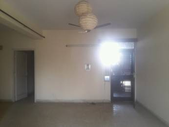 1400 sqft, 3 bhk Apartment in Builder Project mayur vihar phase 1, Delhi at Rs. 30000