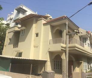 2700 sqft, 4 bhk IndependentHouse in Builder Project Bodakdev, Ahmedabad at Rs. 2.6500 Cr