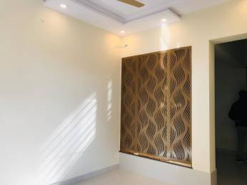 1250 sqft, 2 bhk Apartment in Mahagun Moderne Sector 78, Noida at Rs. 75.0000 Lacs