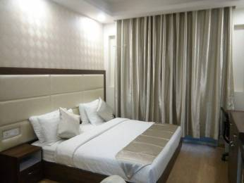 800 sqft, 1 bhk Apartment in DLF Phase 5 Sector 53, Gurgaon at Rs. 28000