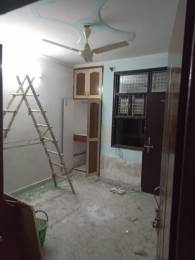 900 sqft, 2 bhk BuilderFloor in  Floors 2 Uttam Nagar, Delhi at Rs. 13000
