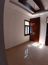 560 sqft, 1 bhk Apartment in Builder Project Sector 70, Noida at Rs. 15.0000 Lacs